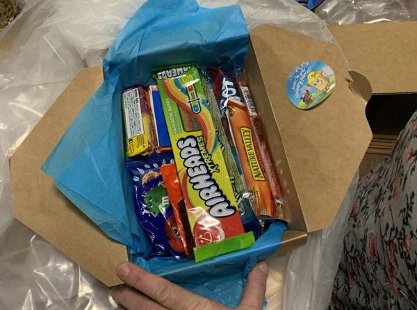 Купить конфеты в США - фото