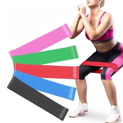 Домашние тренировки с фитнес-резинками: дешево, удобно, эффективно